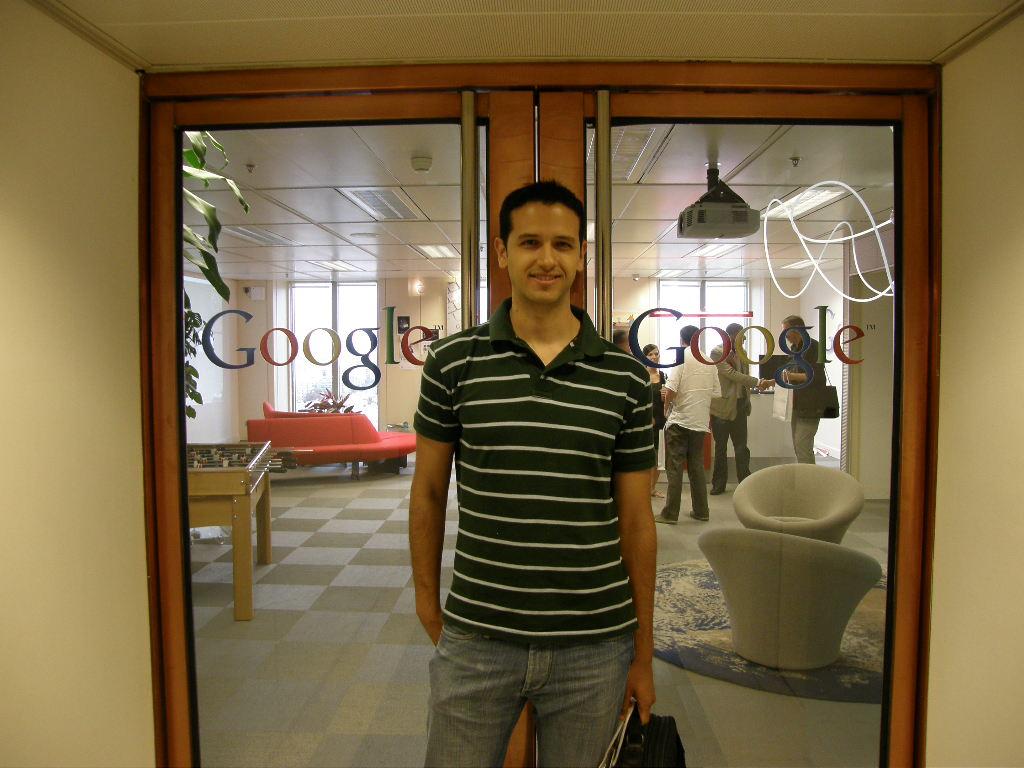 Google programador y dise ador barcelona for Oficinas bbk en barcelona
