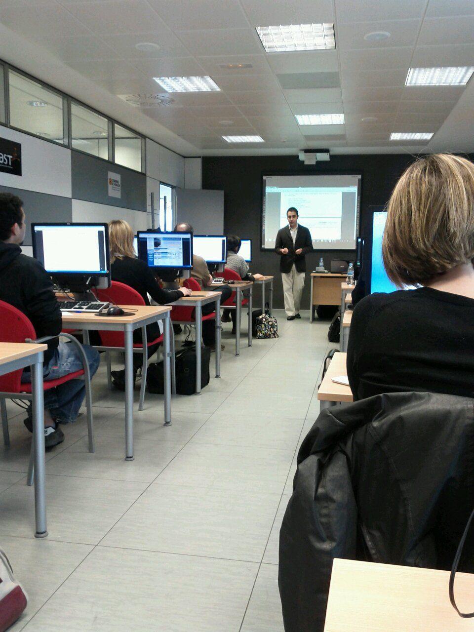 Eventos y congresos programador y dise ador barcelona - Oficina de cambio barcelona ...
